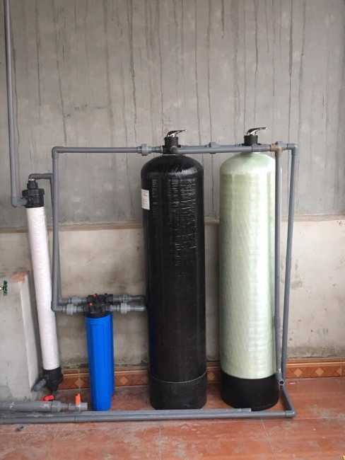 Cách xử lý nước giếng có mùi hôi bằng cách lắp cột lọc