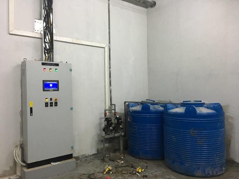 Khu vực điều khiển hệ thống xử lý nước thải