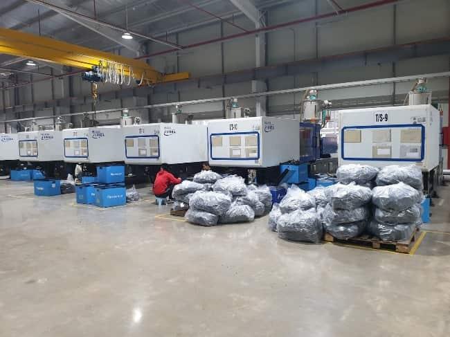 xử lý khí thải máy ép nhựa